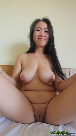 Chubby Thai girl with saggy boobs and a bald twat bangs a sex tourist