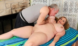 Mature SSBBW Cami Cooper got her giant tits licked out and pussy toyed