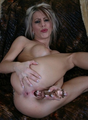 Slutty big titted Kream fucktoys horny pussy to a squirting wet orgasm with fake penis