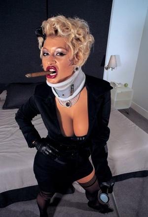 Blonde glamour model Laura Brent turns hardcore slut with 2 dicks