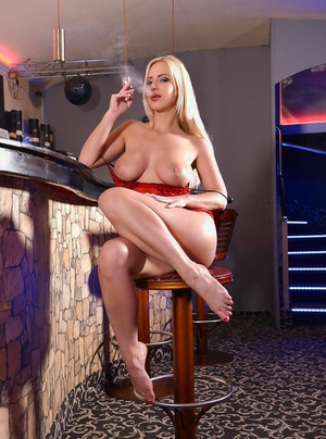 Hot blonde woman Nathaly Cherie spreading toes before toying shaved cooter