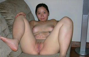 Asian college girl finances her education by modeling in the nude