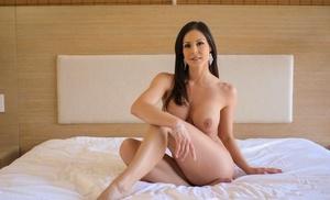 Bruette cougar Kendra Zeal gobbles cum after naked upskirt & xxx fucking