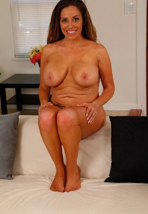 Big titted Latina housewife Sienna Lopez parts her pussy with manicured nails