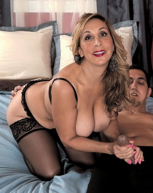 Middle-aged light-haired woman Sophia Jewel seduces a younger guy in black underwear