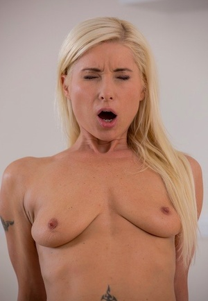 Horny MILF with blonde hair Vanessa Hell seduces the gardener in a miniskirt