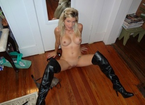 Platinum-blonde amateur shows off her clean-shaven twat in a mask and stripper boots