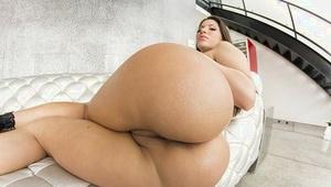 Pics of big assed Latina babe Aleska Nicole posing in high heels