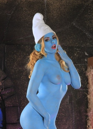 Cosplay babe Lexi Belle flaunts big blue tits while dressed in smurf costume
