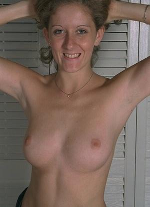 Amateur slut with big tits Gabi is demonstrating her ugly face