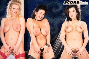 Good women with natural big tits Katie, Carrie, Monique spend time together