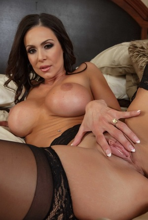 Stunning wife in brand new lingerie Kendra Lust craves a gigantic fat cock